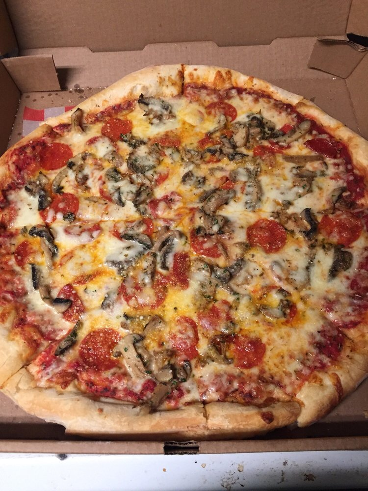 Bruno Bros Pizza: 5549 Mahoning Ave, Austintown, OH