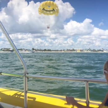 Photo Of Paradise Parasail Fort Myers Beach Fl United States Flying Free