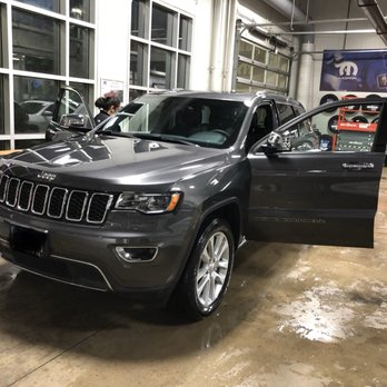 zeigler chrysler dodge jeep ram of schaumburg 43 photos 154 reviews tires auto repair. Black Bedroom Furniture Sets. Home Design Ideas