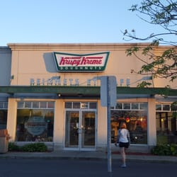 krispy kreme doughnuts 67 photos 20 reviews. Black Bedroom Furniture Sets. Home Design Ideas