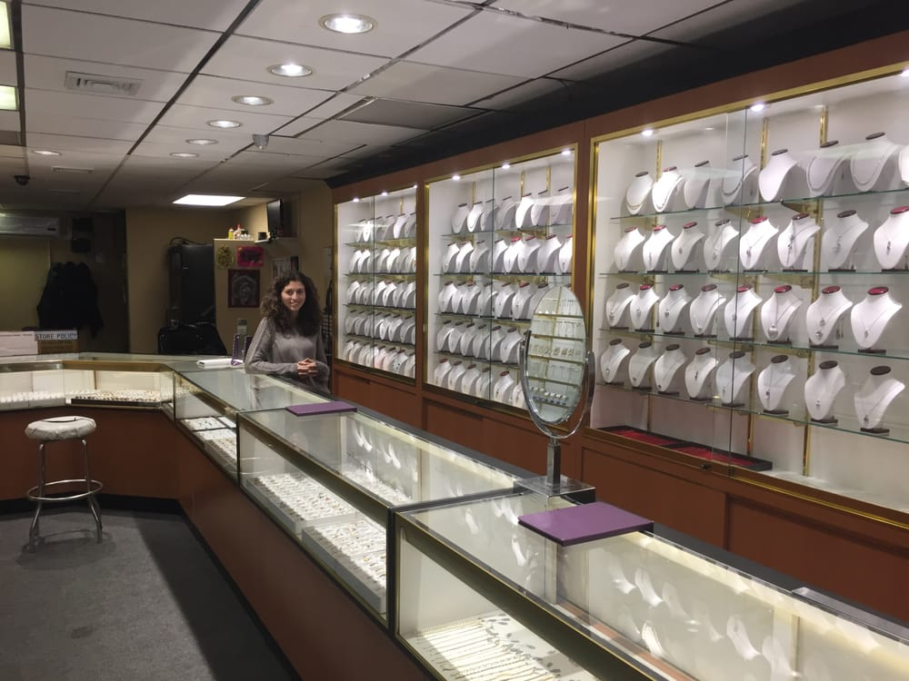 L & R Jewelers: 6713 18th Ave, Brooklyn, NY