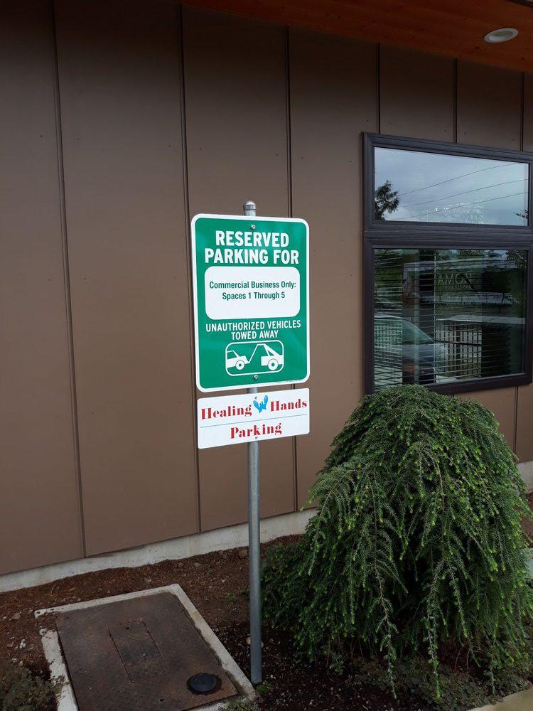 Healing Hands Massage & Foot Spa: 557 W Bakerview Rd, Bellingham, WA