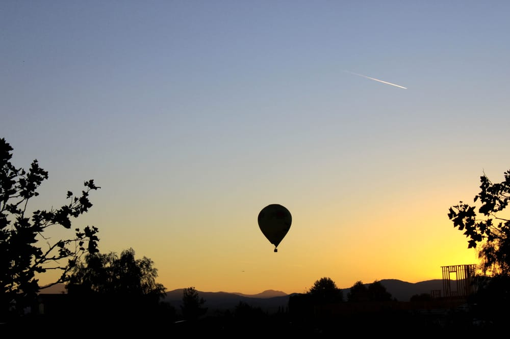 Above the Rest Hot Air Ballooning and Skydiving Service: Temecula, CA