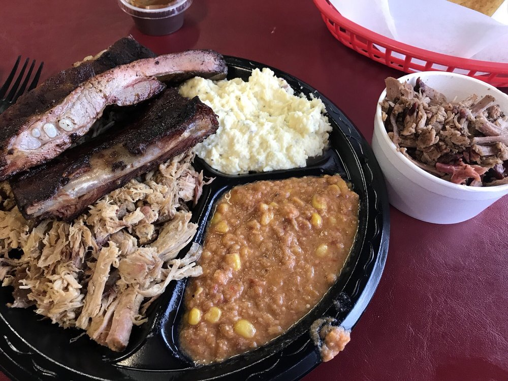 Bradley's Real Pit Barbecue: 1955 Sigman Rd NW, Conyers, GA