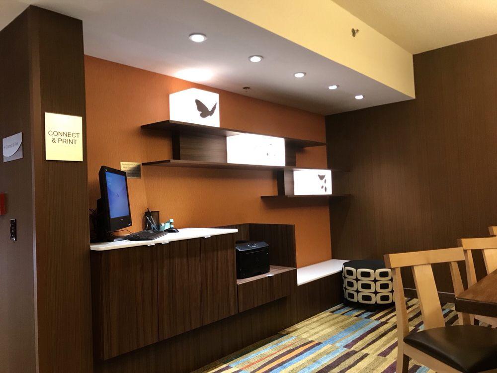 Fairfield Inn & Suites: 3821 Grandview Dr, Simpsonville, SC