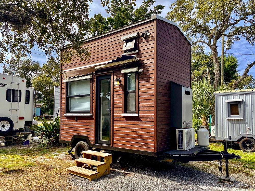 Camptel Resort Cedar Key: 11850 State Rd 24, Cedar Key, FL