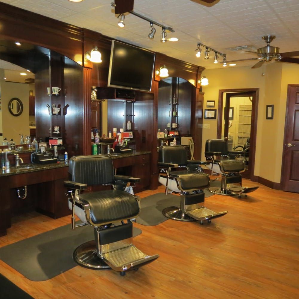 Main Street Barber Shop: 403 E Royalton Rd, Broadview Heights, OH