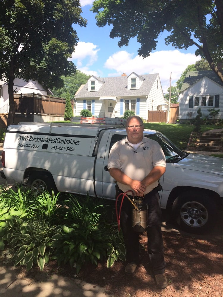 Blackhawk Pest Control: 9120 Burns Pkwy, Nowthen, MN