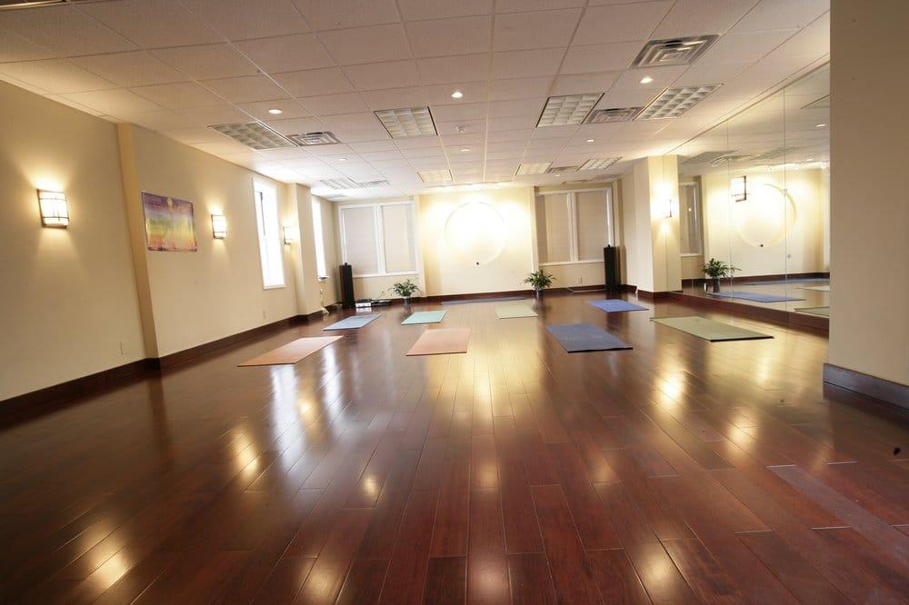 Vitality Yoga & Tai Chi: 4125 Bell Blvd, Bayside, NY