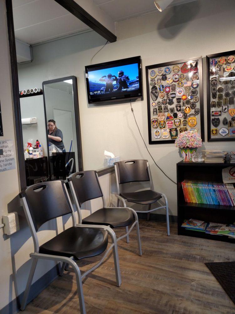 A Barber Base: 931 Beaver Grade Rd, Moon, PA