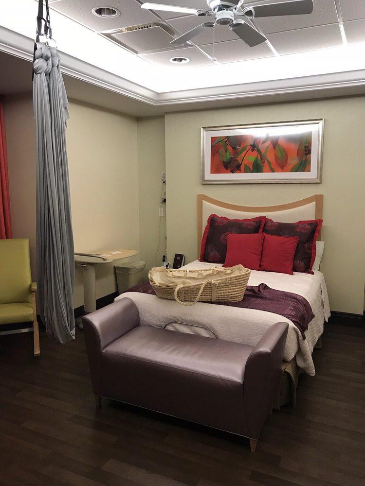 Mercy Birthing Center: 615 S New Ballas Rd, Saint Louis, MO