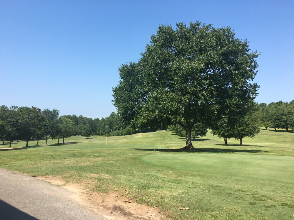 Rolling Green Golf Club: 386 Hester Store Rd, Easley, SC