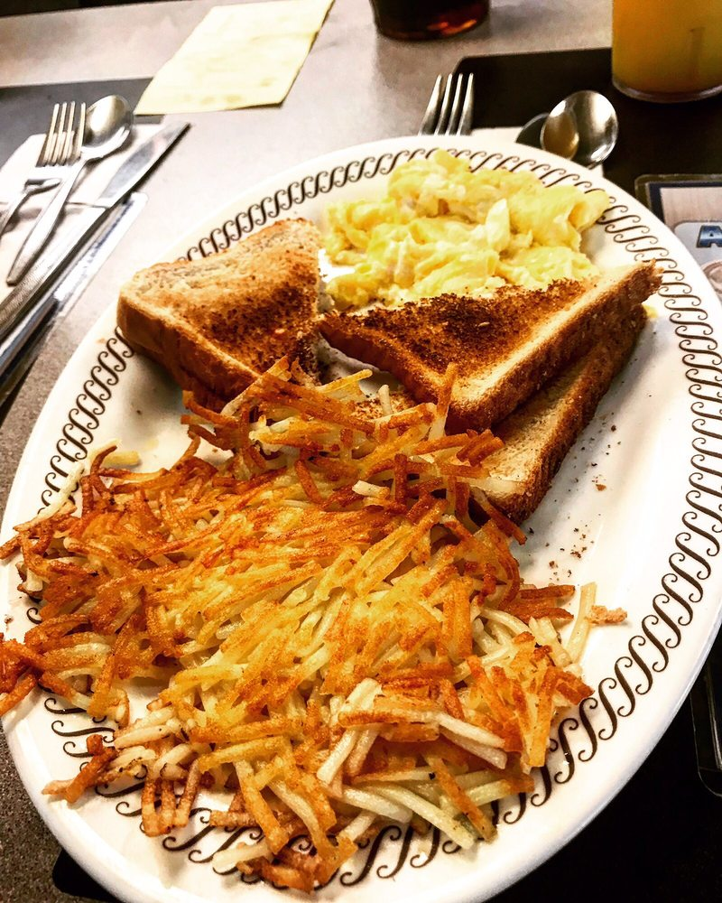 Waffle House: 1007 Arc Way Ave, Cordele, GA