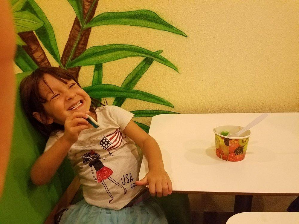 Yogurt Jungle: 21101 N John Wayne Pkwy, Maricopa, AZ