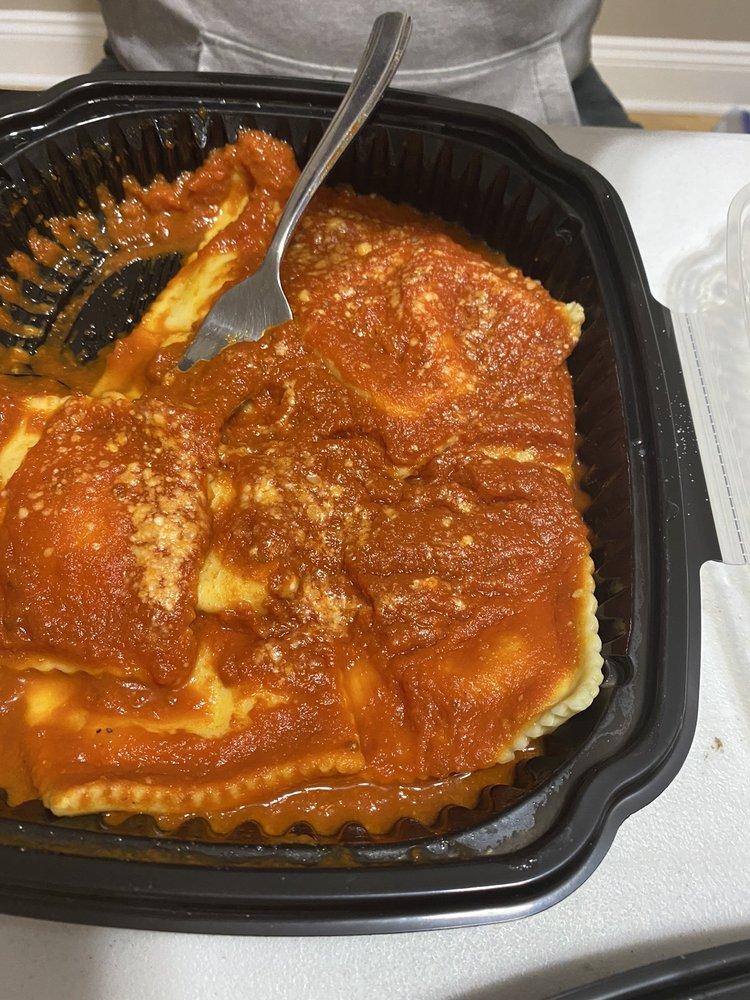Costello's Pizzeria & Wings: 30 N White Horse Pike, Hammonton, NJ
