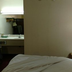Days Inn Brookville Hotels 100 N Parkview Dr Oh Phone Number Yelp