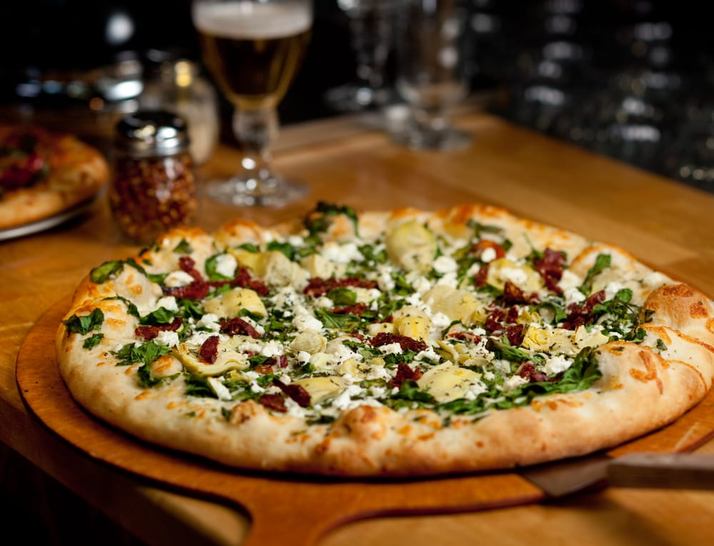 Seattle's Best Pizza - 11 Good Places for a Slice - Thrillist |Pizza Seattle