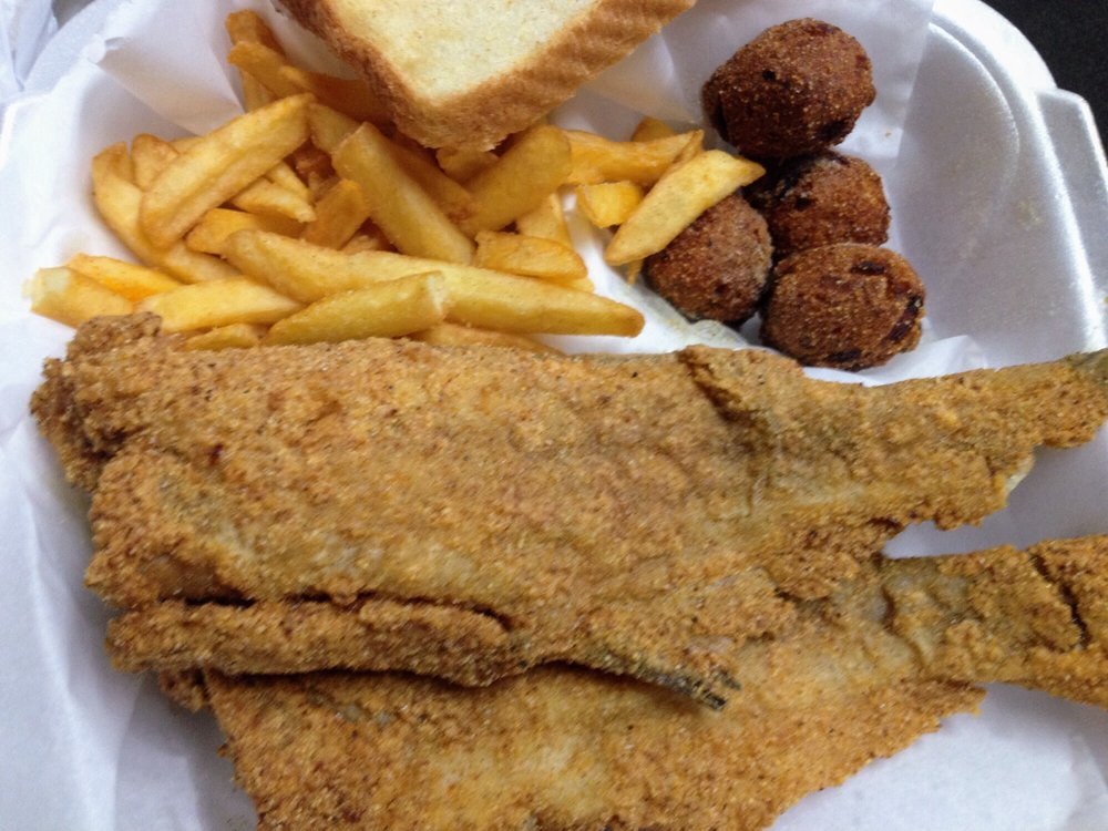 Sharks fish chicken 16 photos 12 reviews burgers for Sharks fish and chicken near me