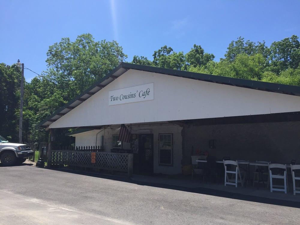 Two Cousins Cafe: 63 Santa Rosa Ave, Westville, FL