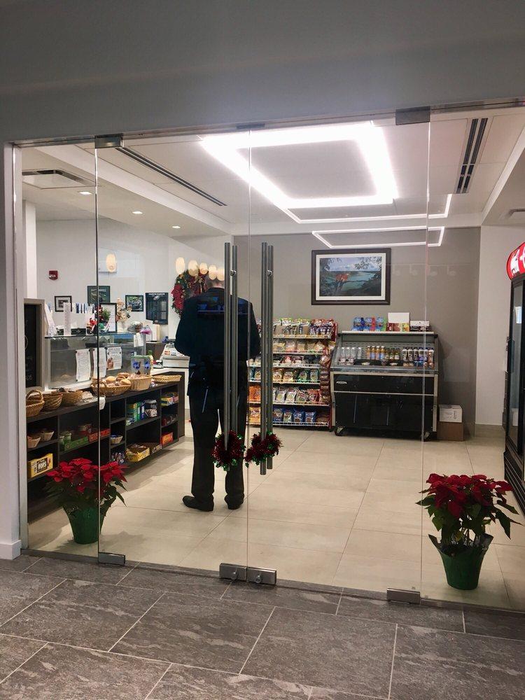 Executive Cafe: 1000 Chesterbrook Blvd, Berwyn, PA