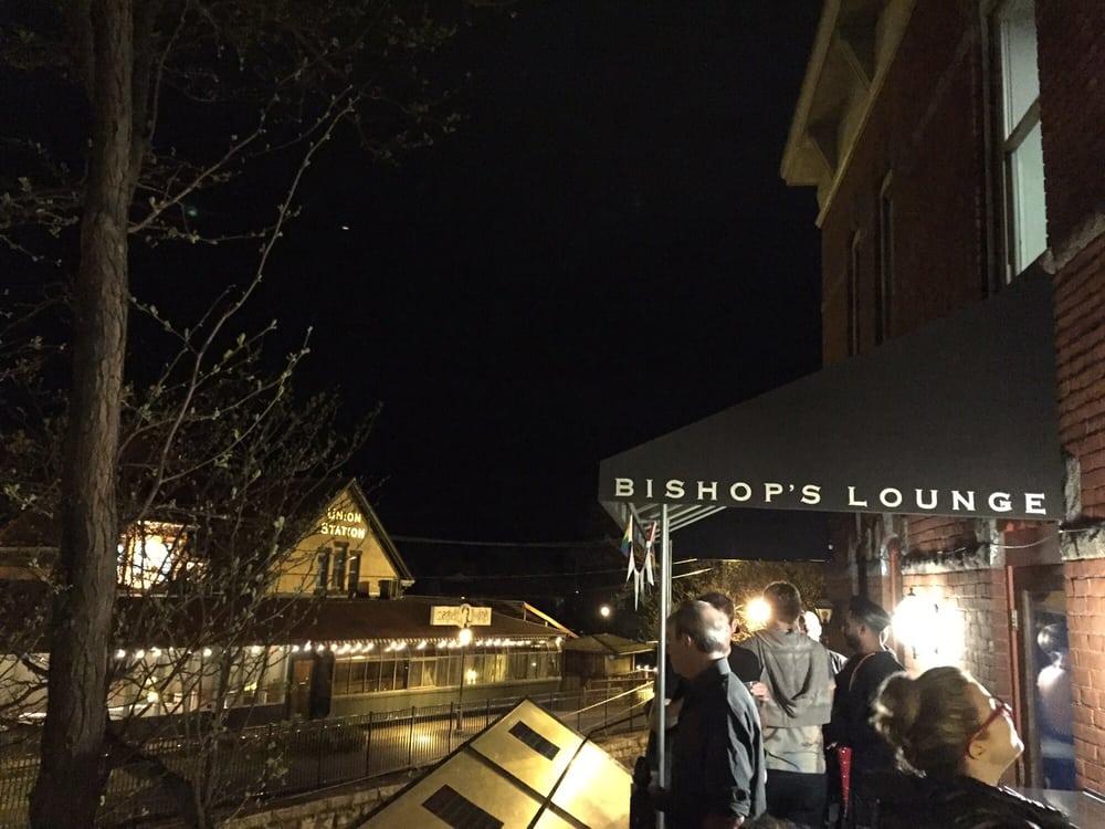 Bishop's Lounge: 41 Strong Ave, Northampton, MA