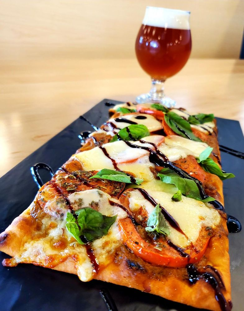 Twin Span Brewing: 6776 Championship Dr, Bettendorf, IA