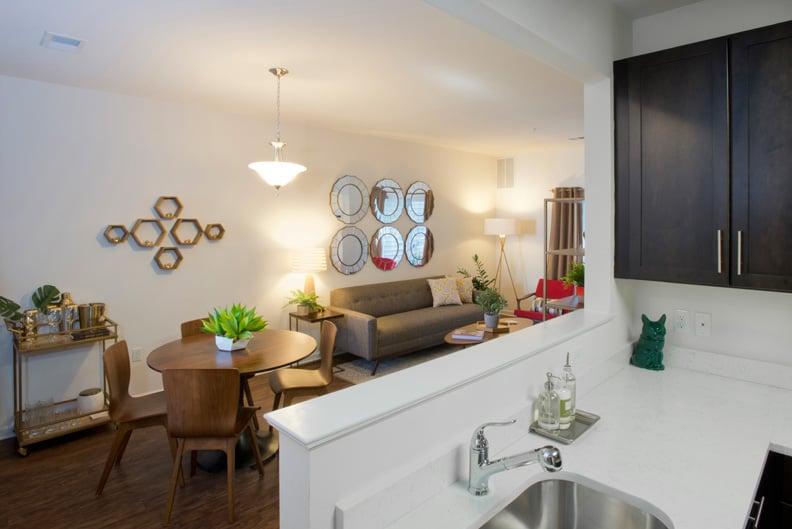 Summit Lane Luxury Apartments: 101 Drake Dr, Newburgh, NY