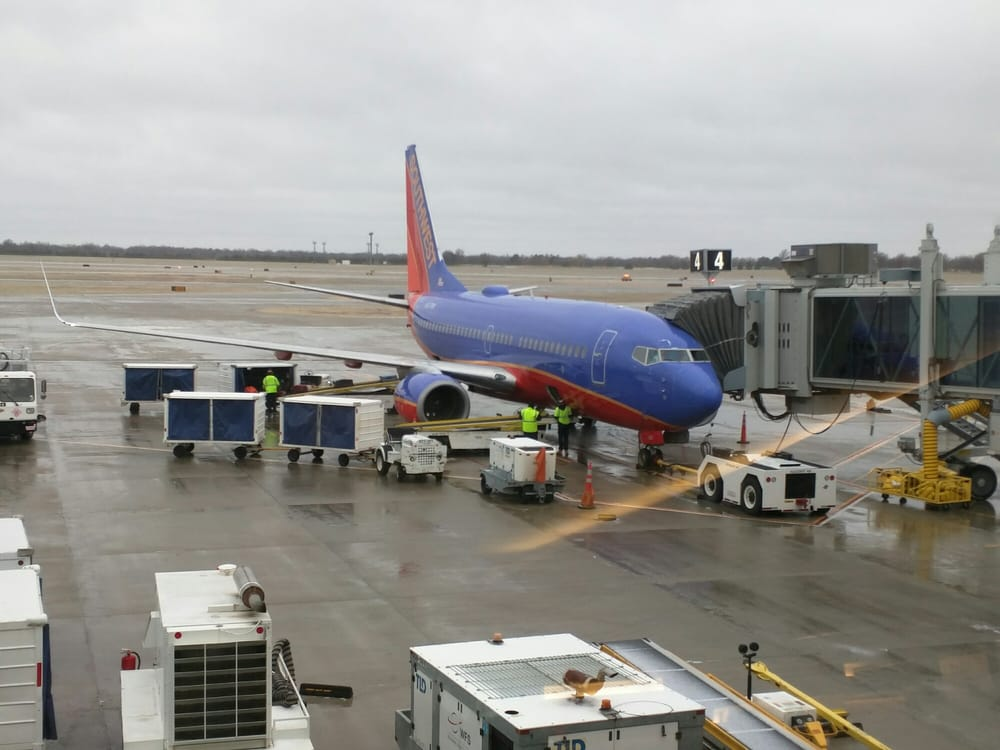 Southwest Airlines: 2277 Eisenhower Airport Pkwy, Wichita, KS