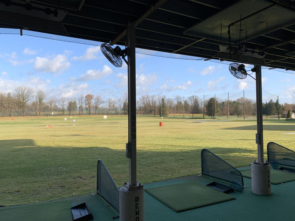 The Grounds Driving Range And Pro Shop: 5140 Flushing Rd, Flushing, MI