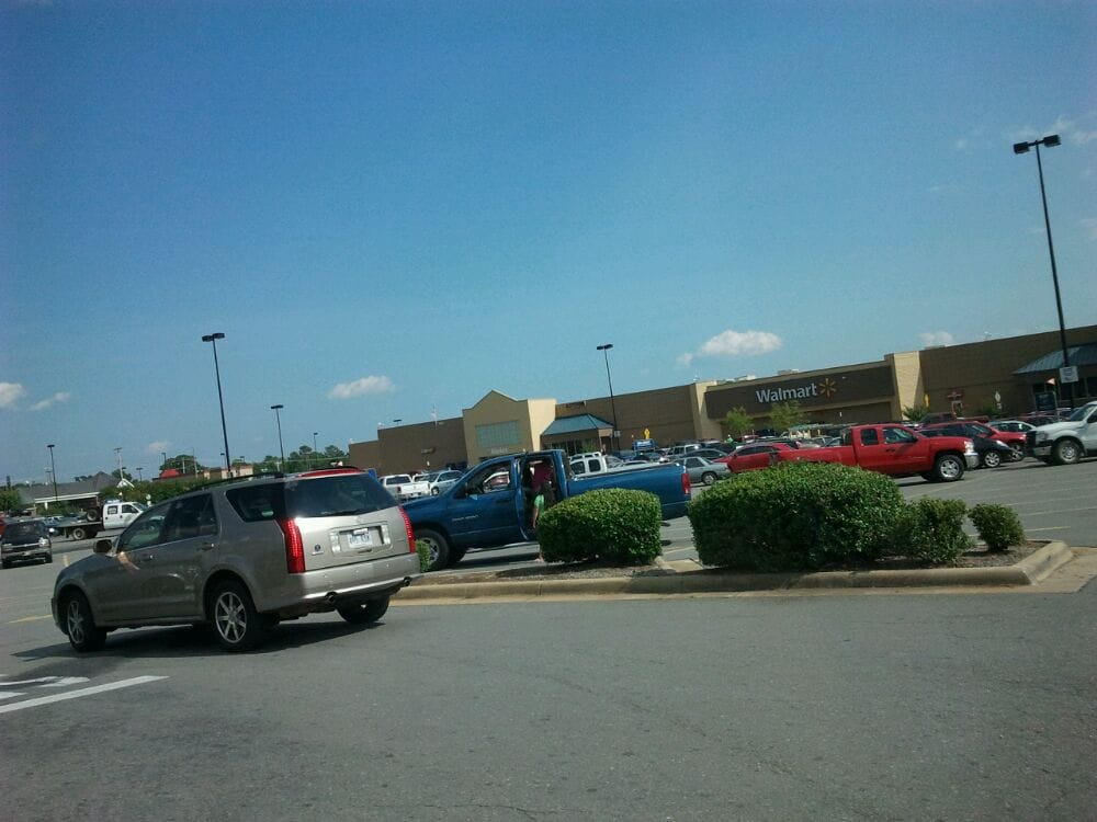 Photo of Walmart Supercenter: Hot Springs, AR
