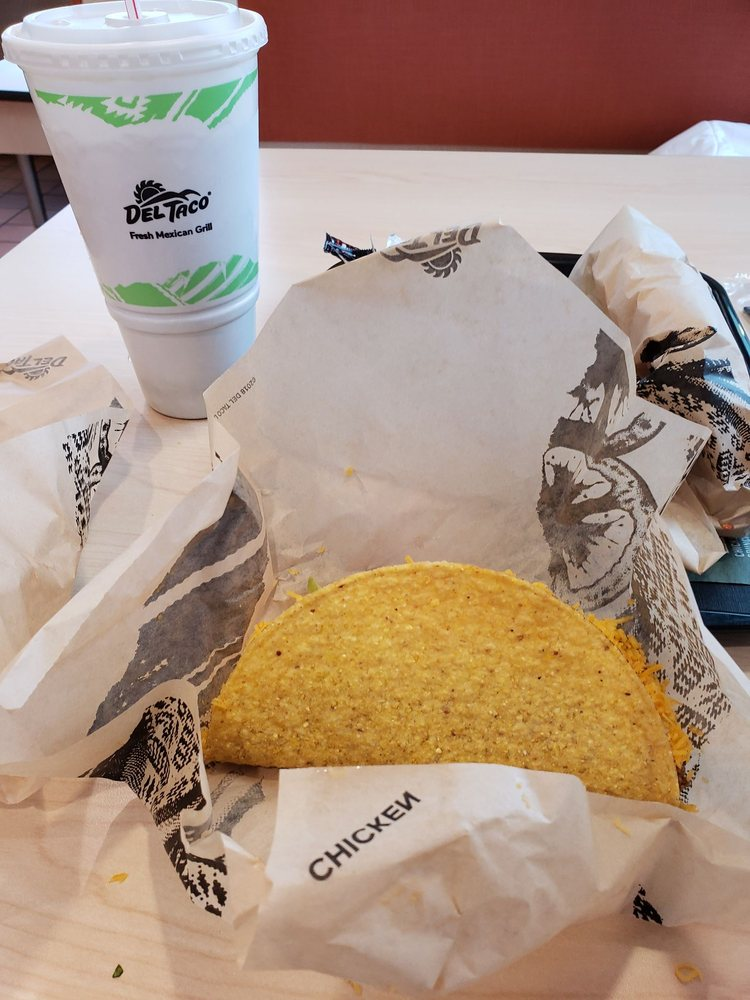 Del Taco: 2079 S Main St, Bellefontaine, OH