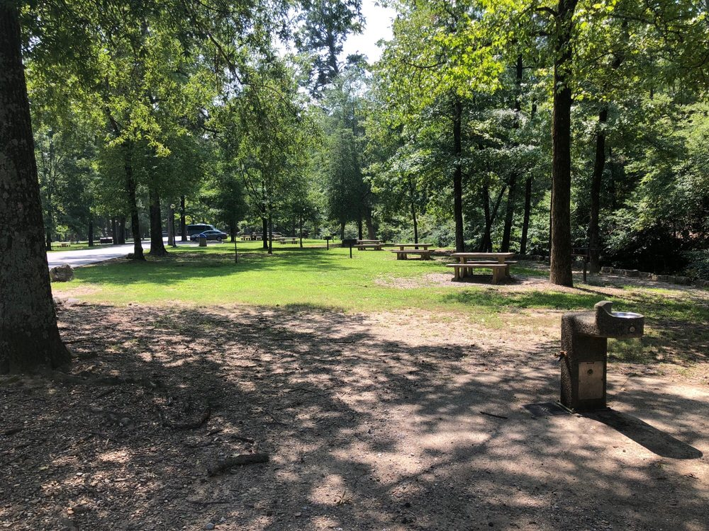 Gulpha Gorge Campground: 150 Gorge Rd, Hot Springs, AR