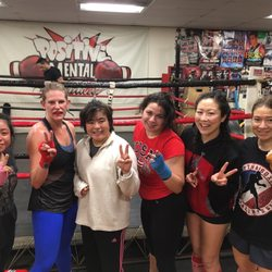 Outlaws Boxing Gym - 11 Photos & 38 Reviews - Gyms - 6025