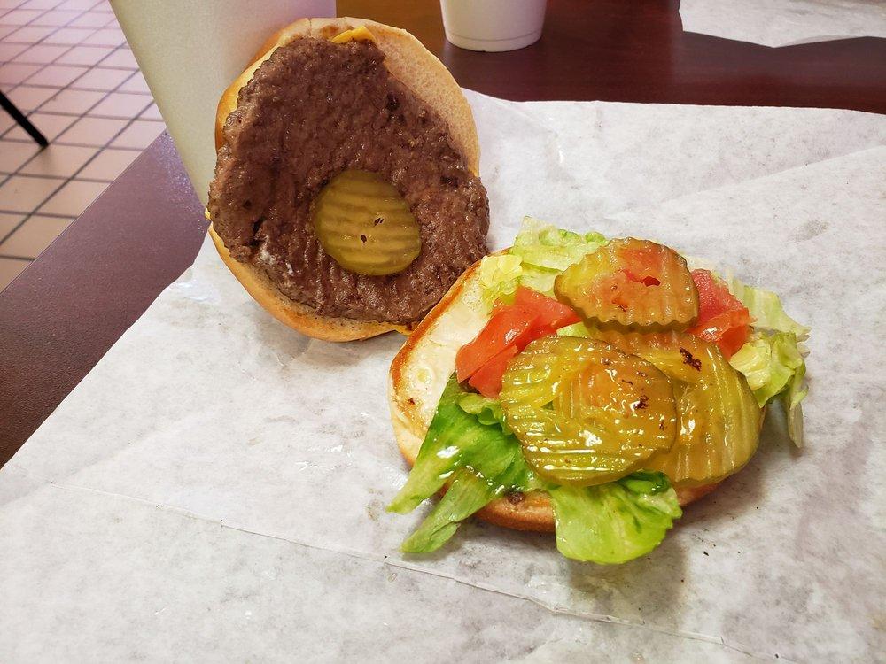 Bill's Jumbo Burger: 610 W 5th St, Plainview, TX