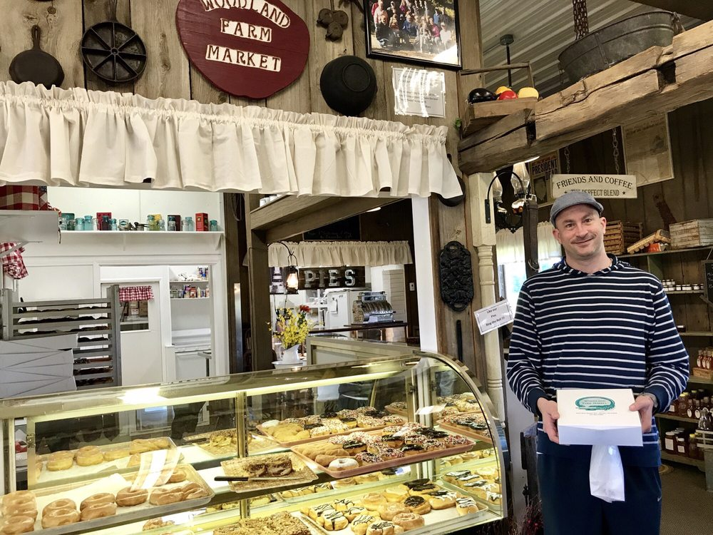 Woodland Farm Market & Bakery: 5393 W Shelby Rd, Shelby, MI