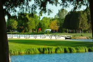 Golden Sands Golf Community: 300 Nabor Rd, Cecil, WI
