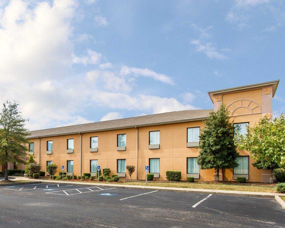 Photos For Quality Inn Suites Benton Draffenville Yelp