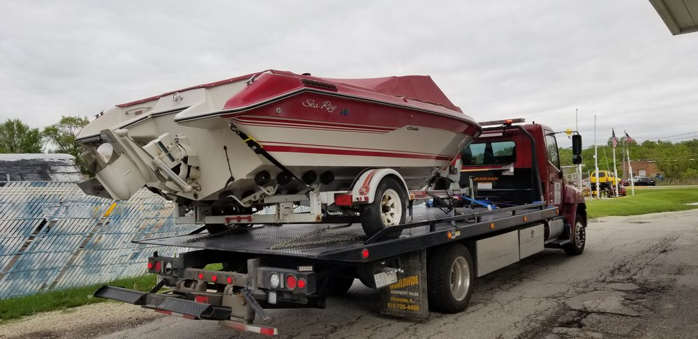 Towing business in Buffalo Grove, IL
