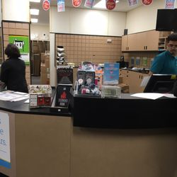 The UPS Store - 13 Reviews - Shipping Centers