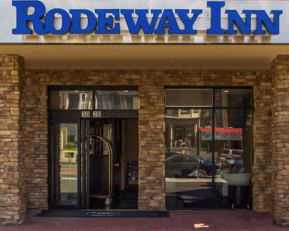 Rodeway Inn Bronx Zoo - 28 Photos - Hotels - 3070-72 Webster Ave ...