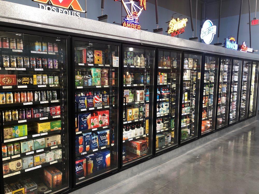 Groves Retail Liquor: 9629 E Kellogg Dr, Wichita, KS