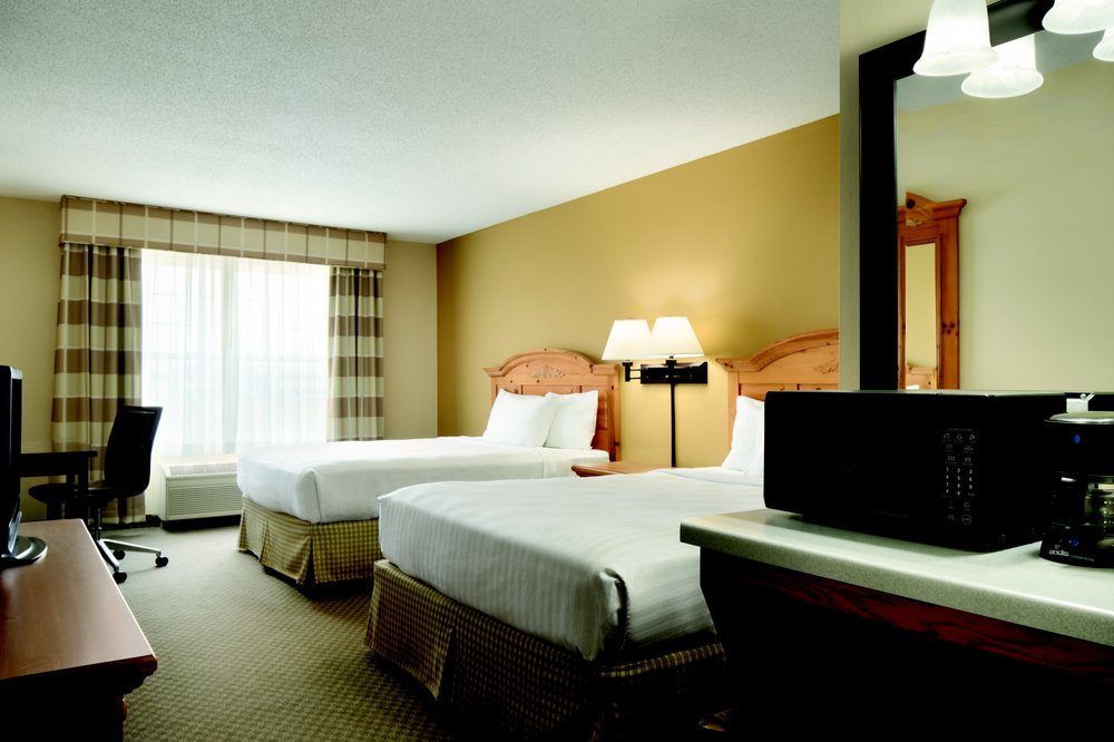 Country Inn & Suites by Radisson - Grinnell: 1710 West St S, Grinnell, IA