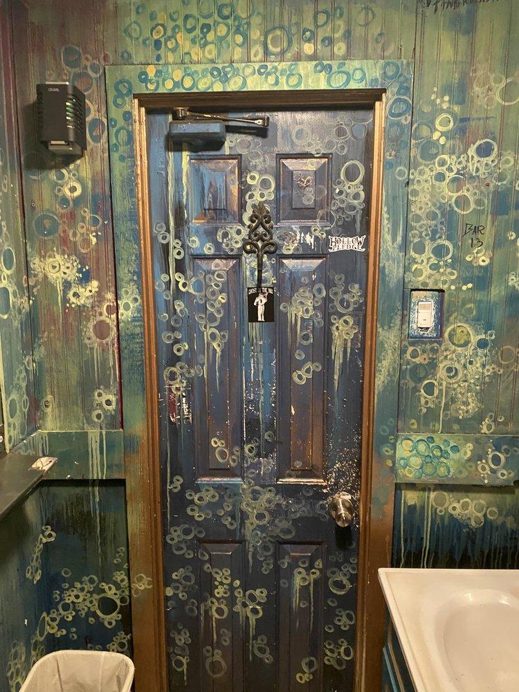 Bar XIII Delaware: 1706 Philadelphia Pike, Wilmington, DE