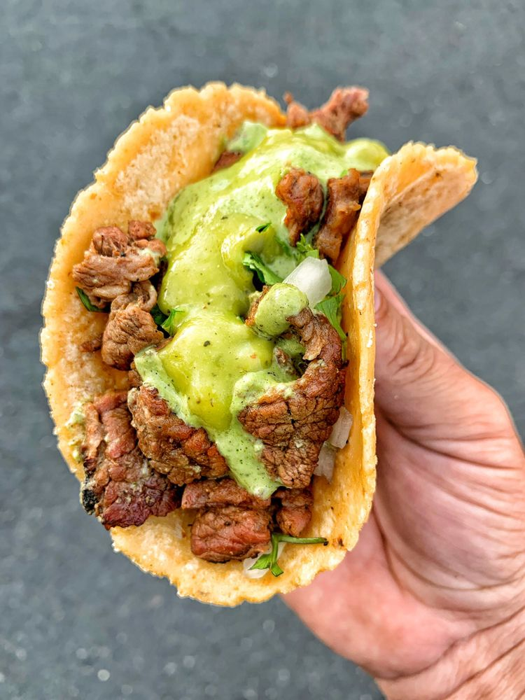 Food from Pablito's Tacos