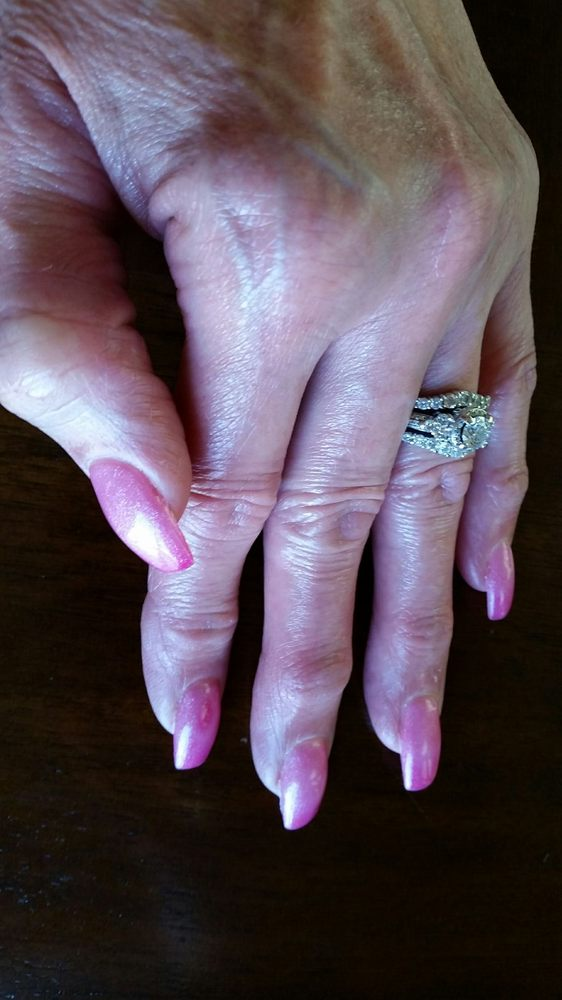 Bellagio Nail Spa: 321 S Andover Rd, Andover, KS