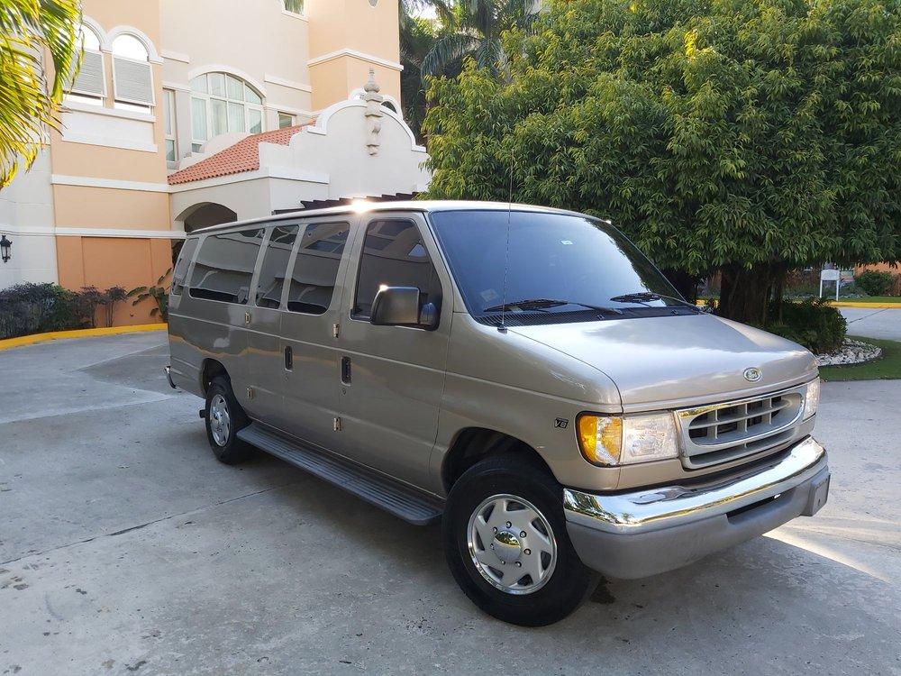 Manny's Taxi Service: Aguada, PR