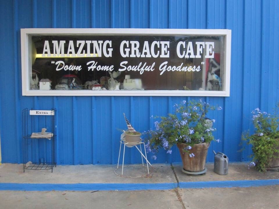 Amazing Grace Cafe And Catering: 18320 Andalusia Hwy, Dozier, AL