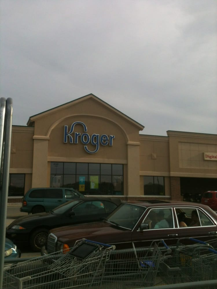 Kroger Food and Pharmacy Retail Store: 475 Fortman Dr, Saint Marys, OH
