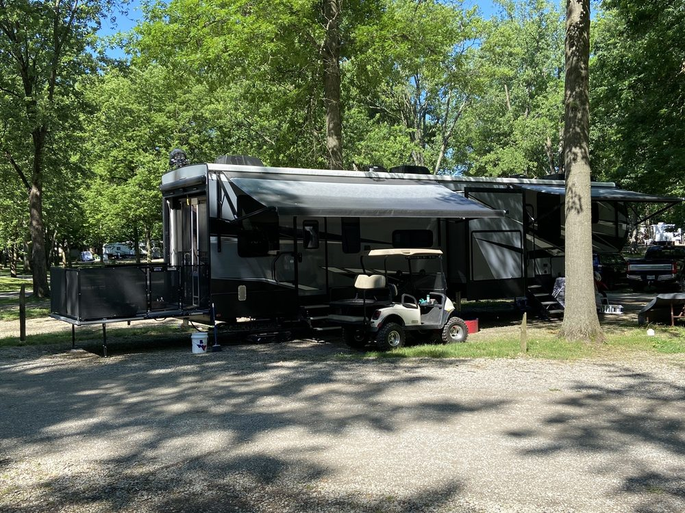 Buckeye Lake KOA: 4460 Walnut Rd SE, Buckeye Lake, OH
