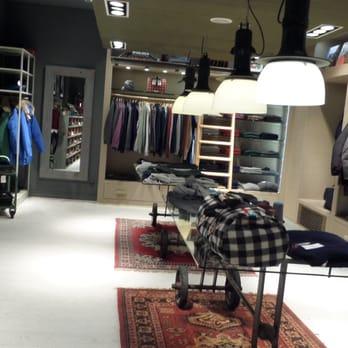on sale aaadd cfc81 Woolrich - Women's Clothing - Briennerstr. 11, Altstadt ...